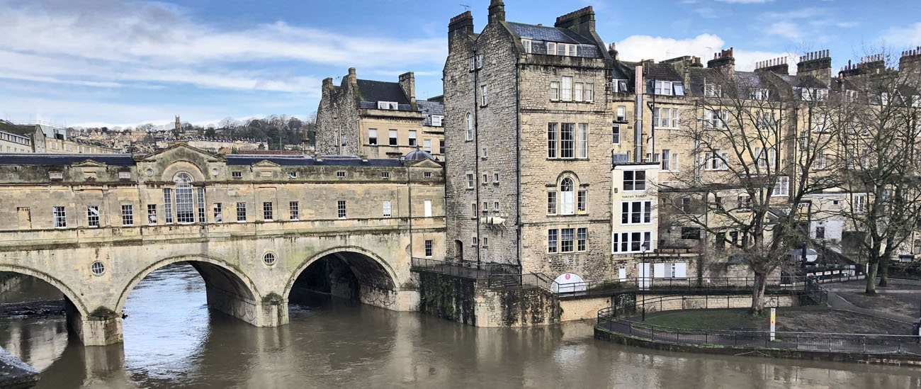 The Perfect Guide to Bath for a Day Trip or Girls Weekend